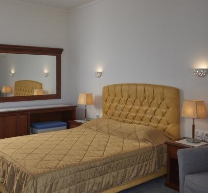 Room 313 - 5