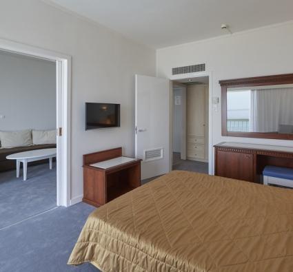 Room 313 - 6